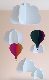 Giostrina per neonato, con nuvole e mongolfiere colorate, 3D