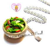 Collana Piatto di insalata - Insalata, cetriolo, pomodoro, olive - Vergan idea regalo handmade