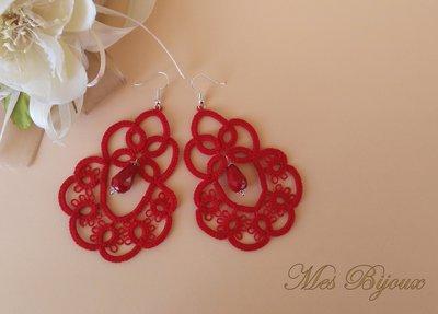 Orecchini moda chiacchierino   pizzo rosso idea regalo donna