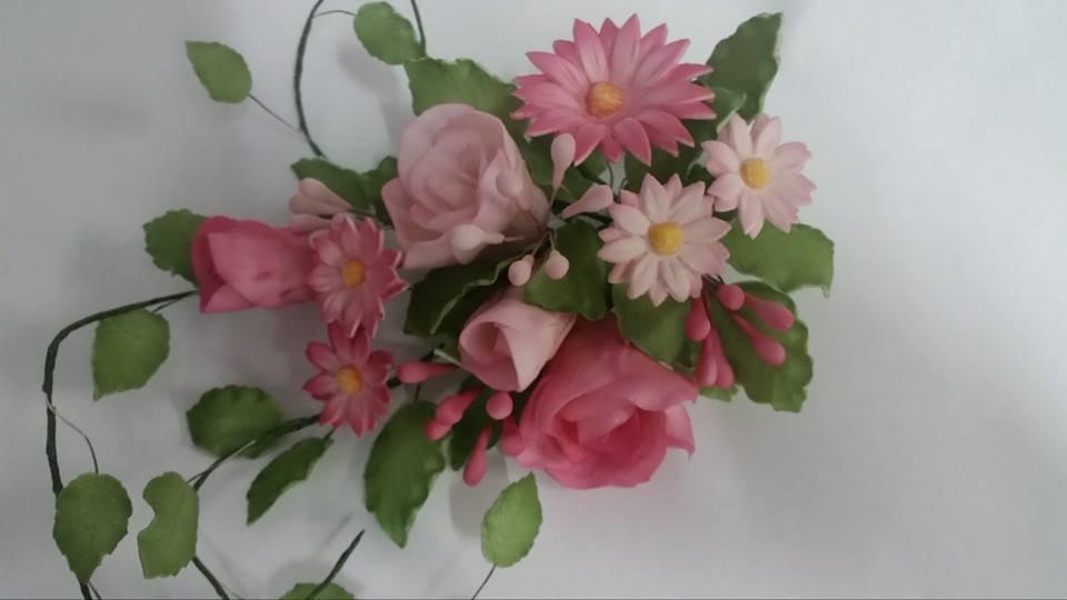 Bouquet misti di fiori misti pasta di zucchero
