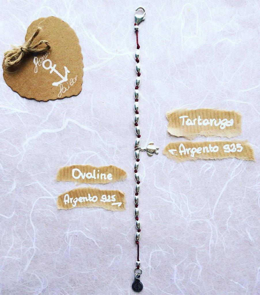 Bracciale con pepite ovali in argento 925, ciondolo pendente Tartaruga e filo a nodini bordeaux