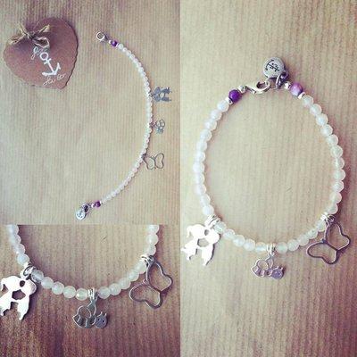 """Bracciale in pietre dure Quarzo rosa e Agata fuoco, ciondoli pendenti in argento 925 """"Farfalla"""" """"Ape"""" """"Bimbi"""""""