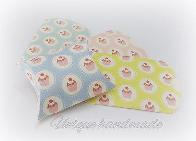 Scatoline portaconfetti cupcake