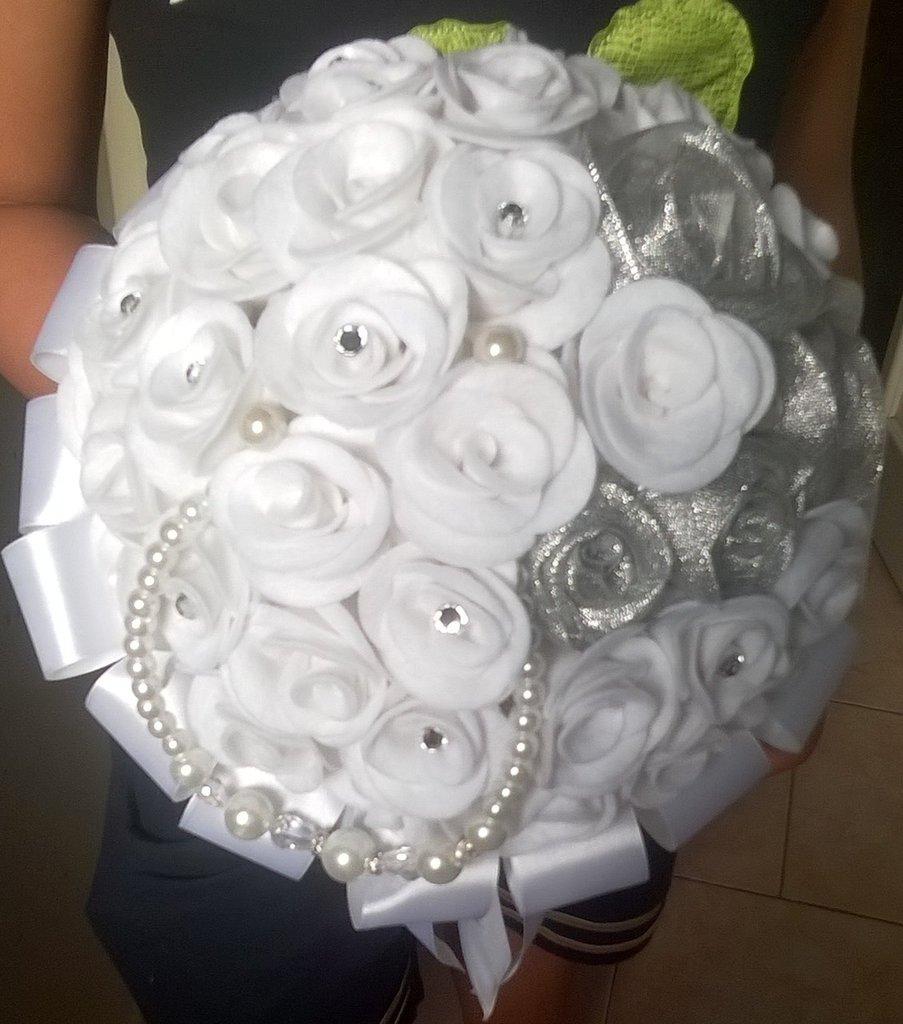 Bouquet Sposa Gioiello.Bouquet Sposa Gioiello Feste Matrimonio Di Creazioni Di Lu