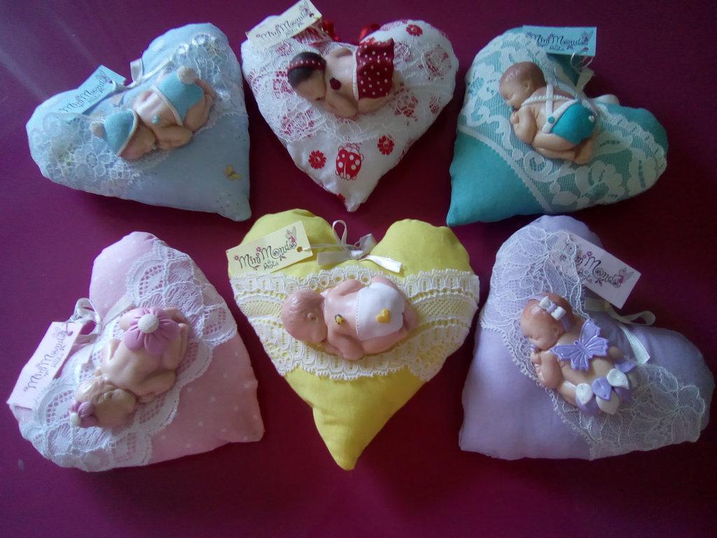 Bebè su cuoricino artigianale