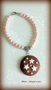 Bracciale in fimo handmade perle rosa e pan di stelle elegante idea regalo Natale kawaii regalo epifania calza befana