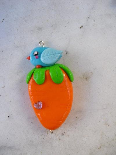 ciondolo carota