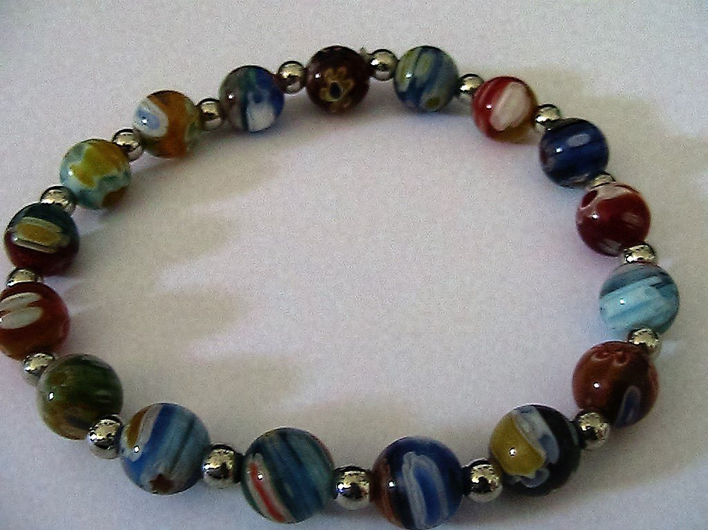 Bracciale con perle in vetro di Murano