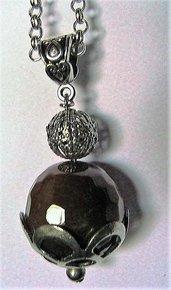 Collana con ciondolo amuleto in agata marrone pietra naturale e argento tibetano