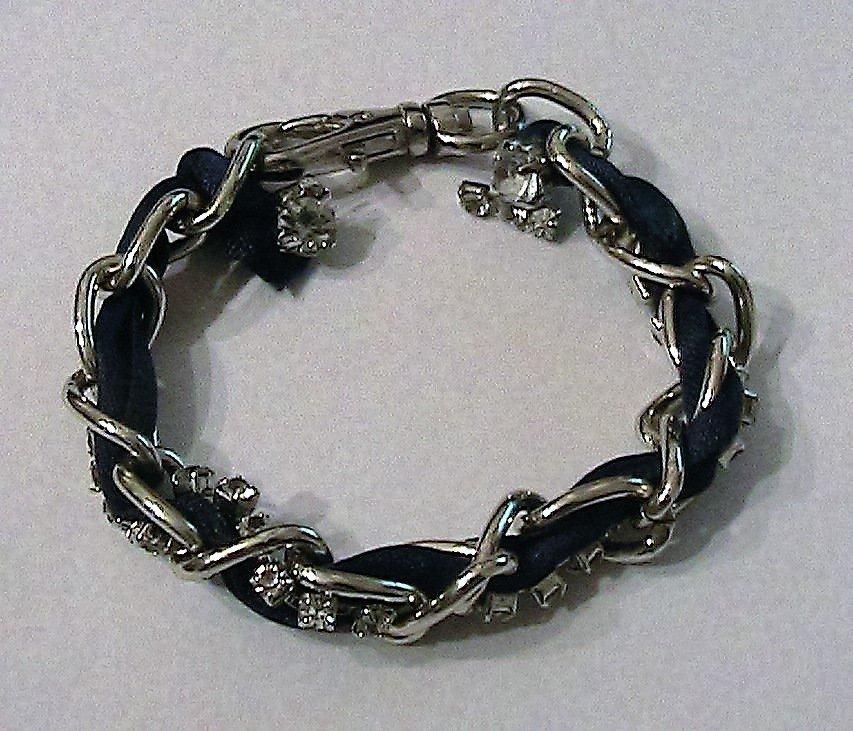 Bracciale in acciaio, raso blu e strass