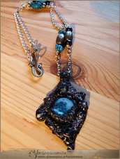 Abyss cathedral necklace - sculpted gothic pendant