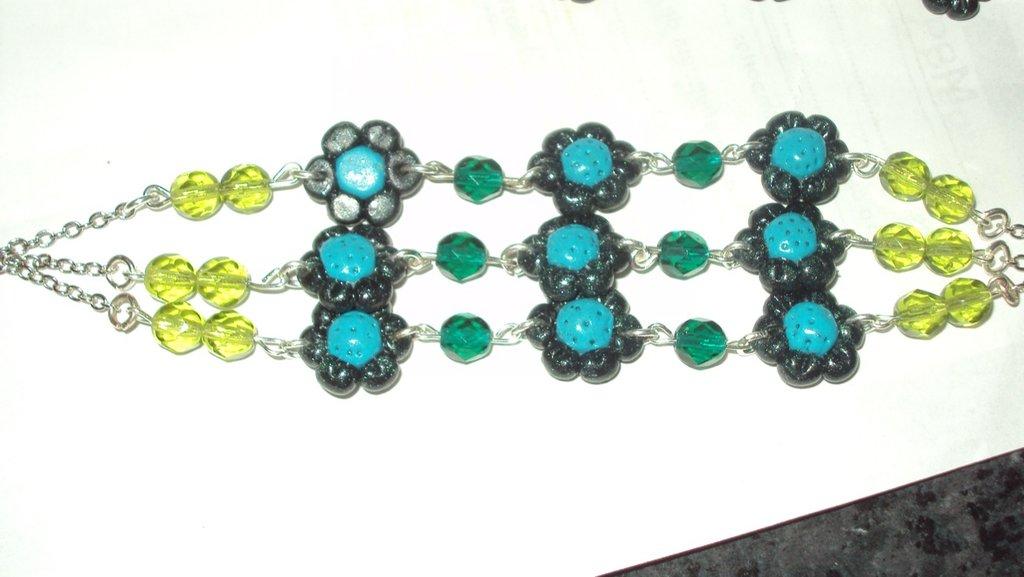 bracciali con fiorellini e perle