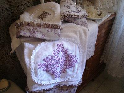 Asciugamani con ricami