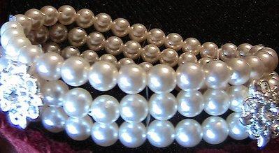 Bracciale con perle e strass