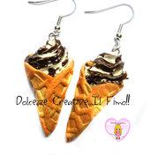 Orecchini cono gelato con panna e cioccolata - Miniature kawaii handmade