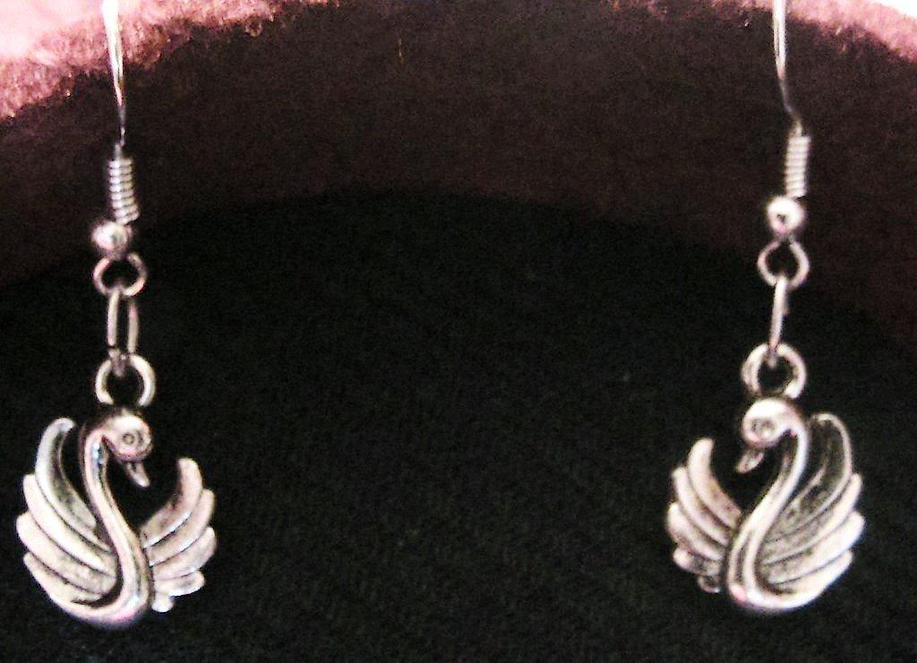 Orecchini con cigno in argento tibetano