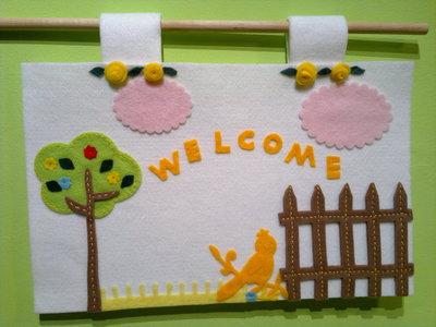 Targa pannello  benvenuto welcome  in feltro bianca