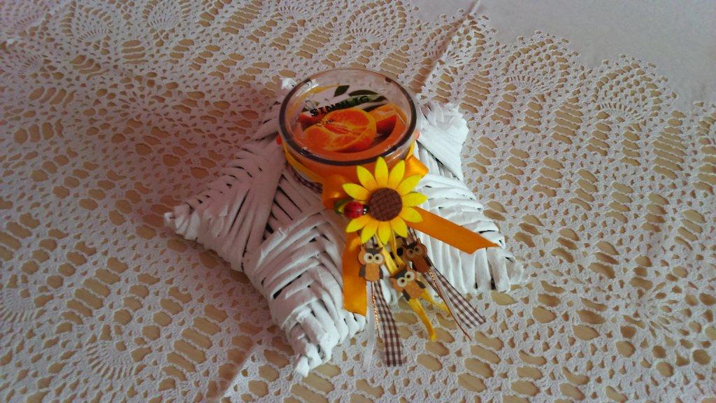 Stella in carta riciclata bianca  con candela Idea regalo Natale