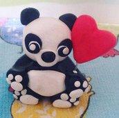 Statuetta panda con palloncino
