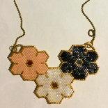 Collana fiori delicati