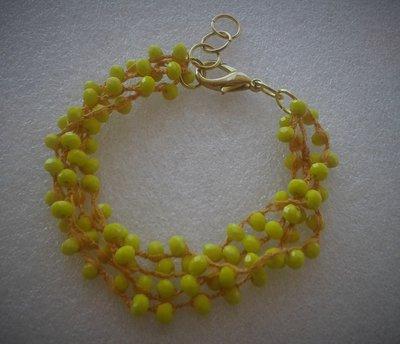 Bracciale multifilo arancio con perline gialle