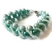 Bracciale con perle azzurre e celesti
