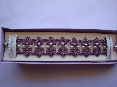 Bracciale elegante a tessitura di perle con swarovski
