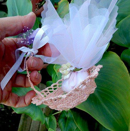 Bomboniera romantico cestino rosa con manico
