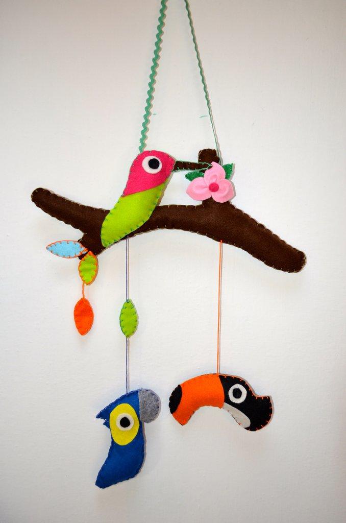 Fiocco nascita a forma di ramo con uccellini
