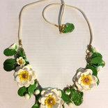 collana fiori di magnolia