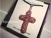 Ciondolo a croce con bicono swarovski e perline