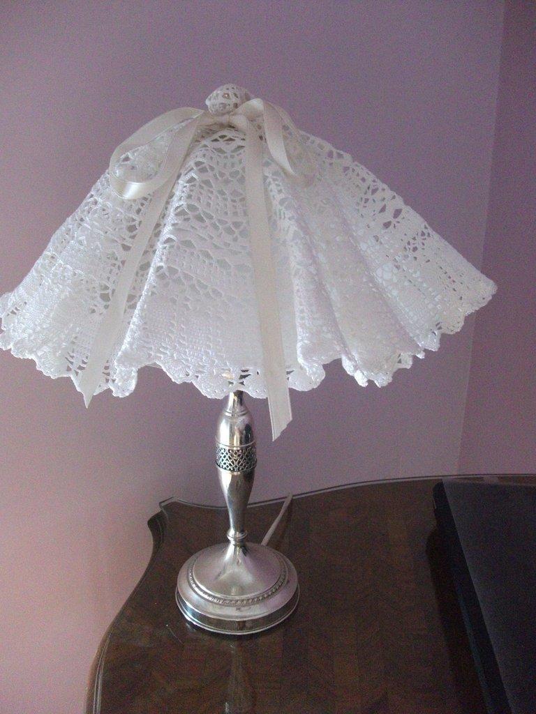 copri lampada - Donna - Accessori - di langolo di LIna  su MissHobby