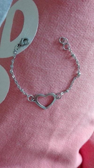 Bracciale in acciaio con connettore cuore