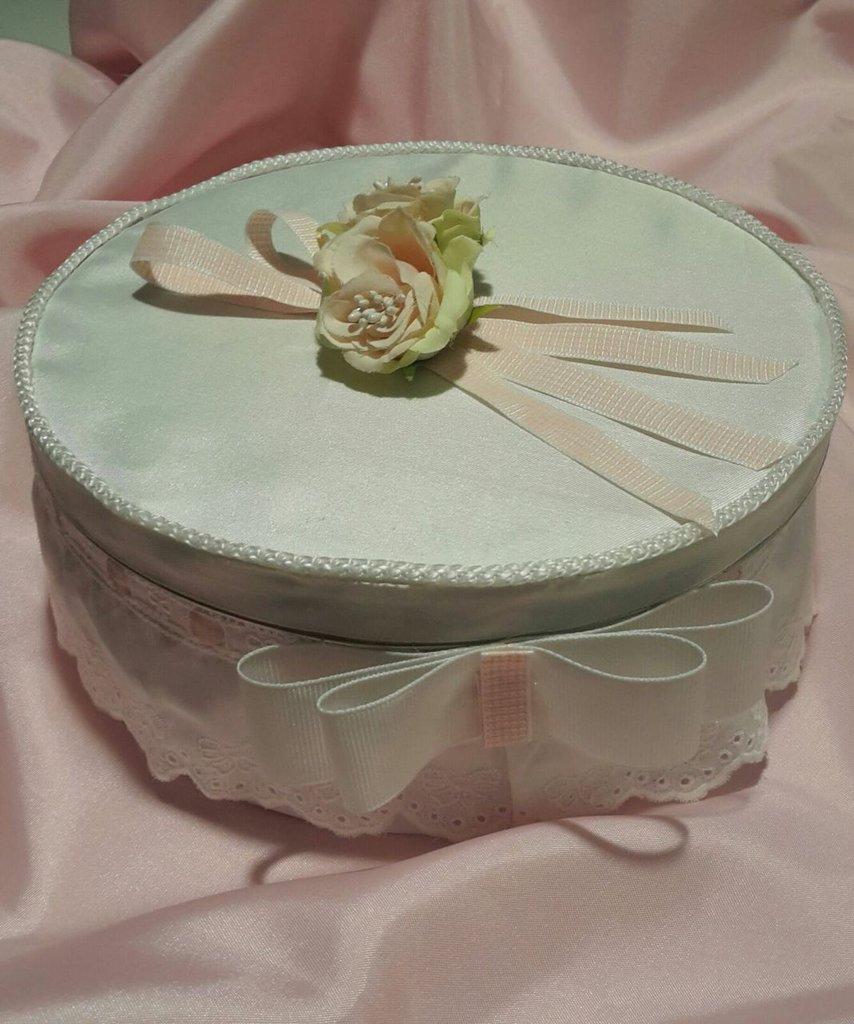 scatola contenitore in latta rivestita di tessuto in raso