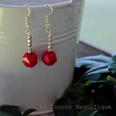 Orecchini in argento indiano con perle rosse
