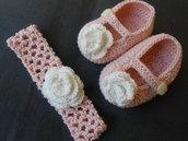 Completino bambina , scarpine ,fascia capelli rosa con rosellina avorio , idea regalo.
