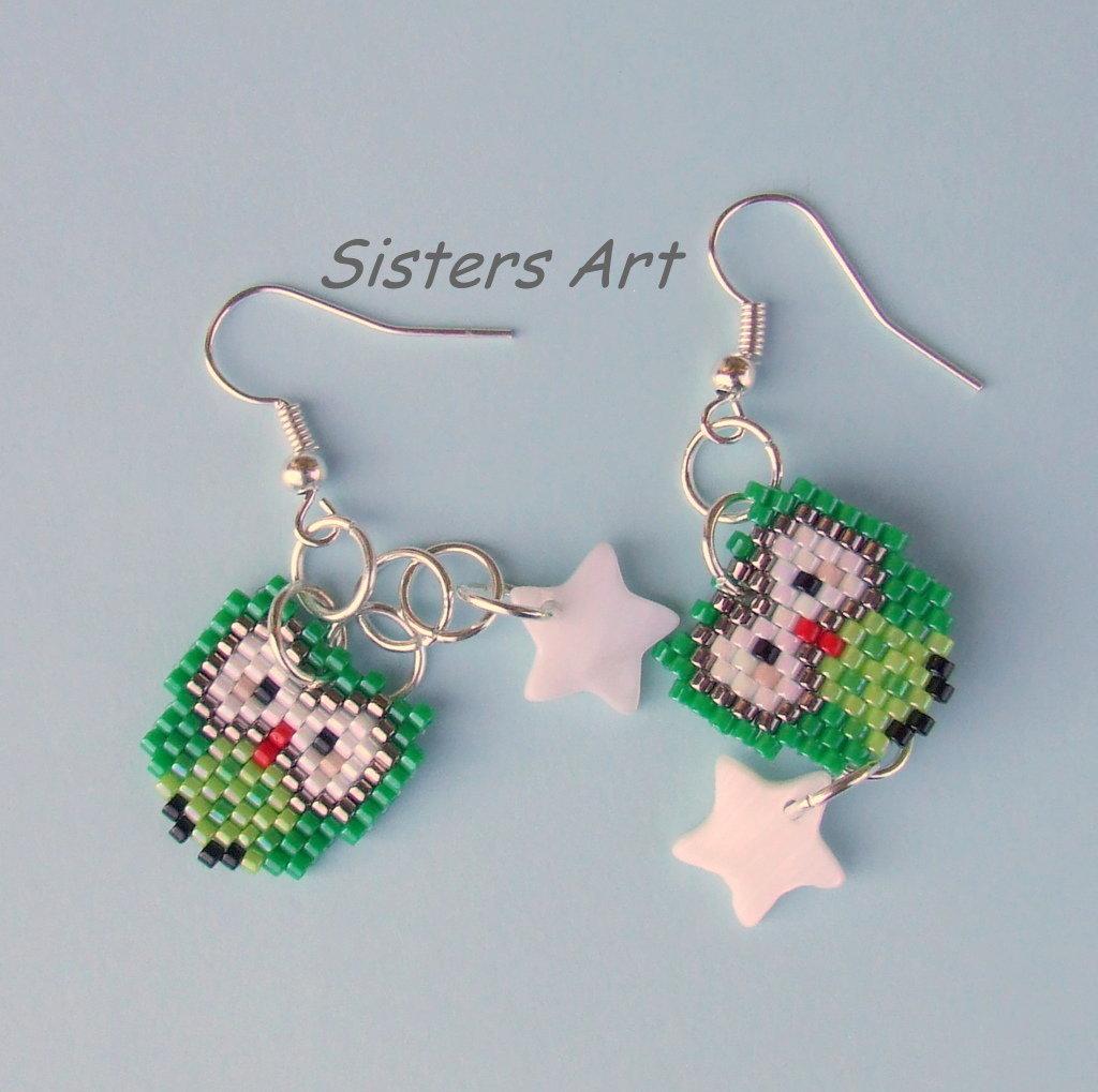 """Orecchini """"Gufo verde"""" realizzati con perline Miyuki delica"""
