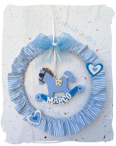 Ghirlanda di nascita: fiocco nascita tradizionale ed elegante