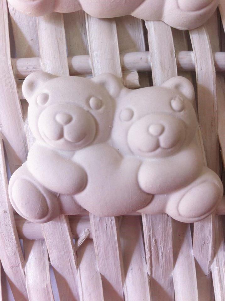 orsetti con cuore in gesso ceramico