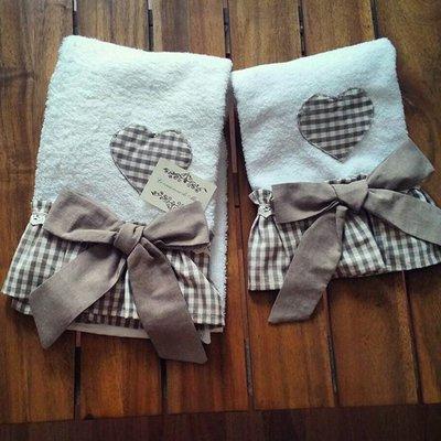 asciugamano  bagno 1+1