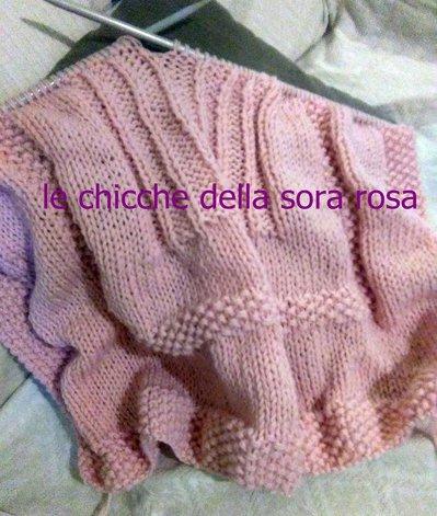 copertina neonata rosa fatta a mano