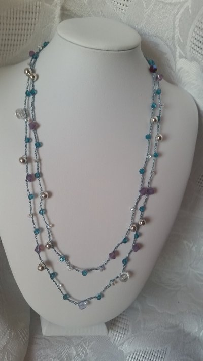 Collana all'uncinetto con cristalli Swarovski