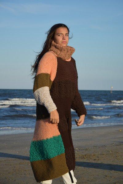 abito lana a righe davanti tutto marrone