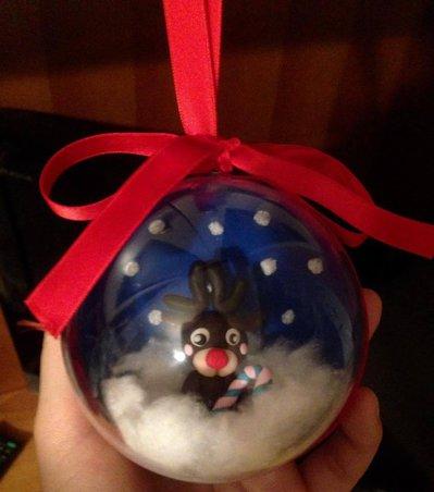 Sfera natalizia con renna