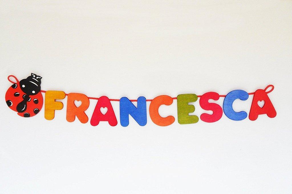 Nome in legno con coccinella portafortuna (9 lettere a scelta)