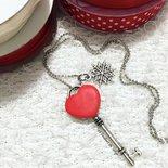 Collana con chiave e fiocco di neve