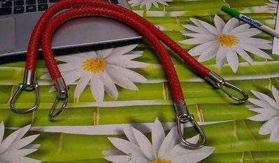 coppia di manci intreccio cm 55 con anello finale colore rosso