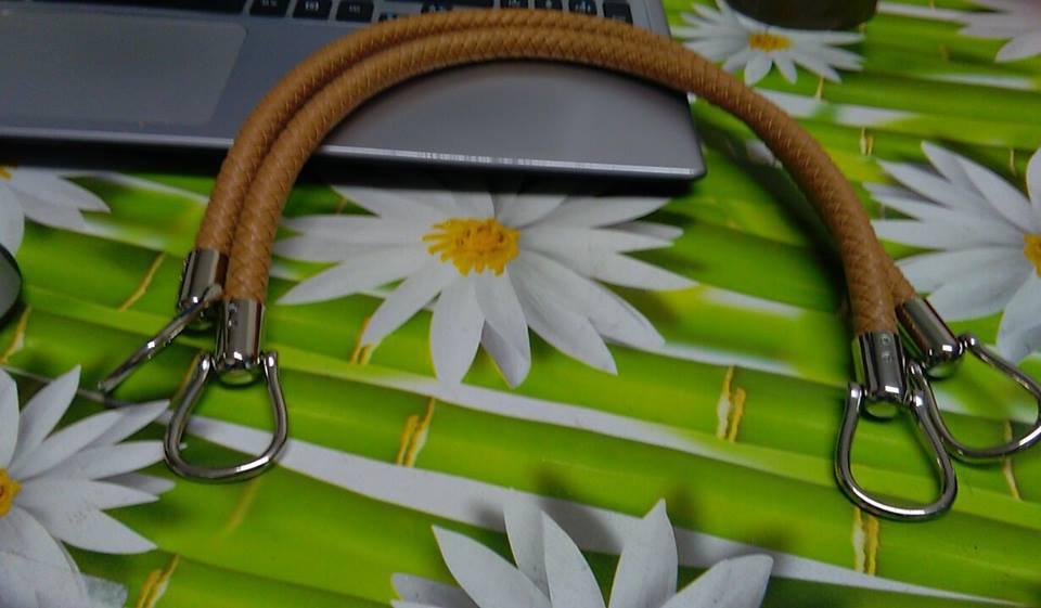 coppia di manci intreccio cm 40 con anello finale colore caffellatte