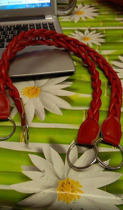 coppia di manci intreccio rosso cm55 con anello finale