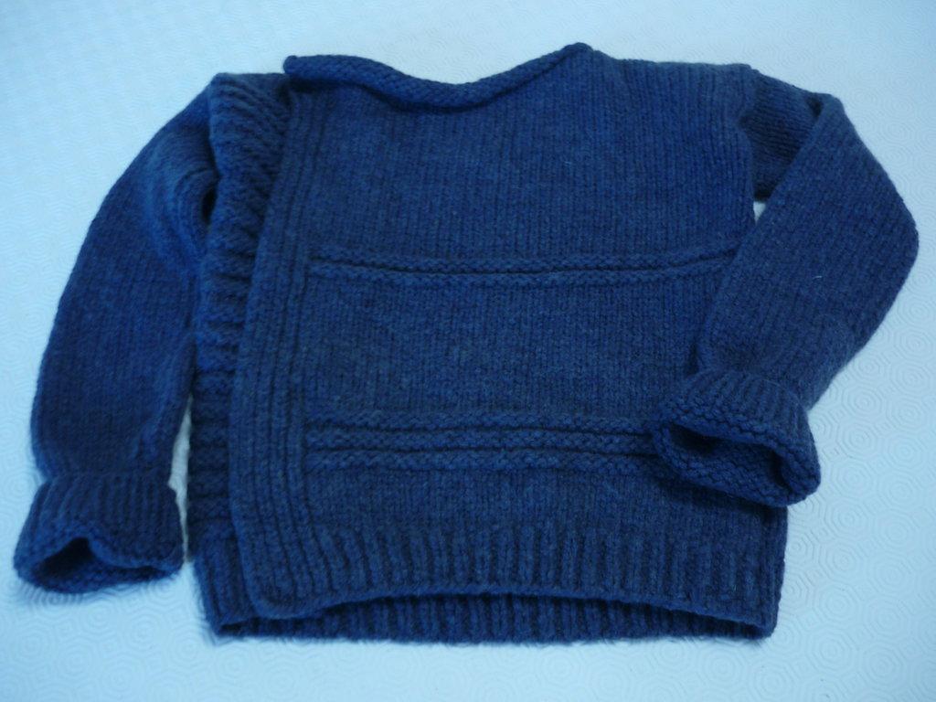 Originale giacchina di lana da bimba
